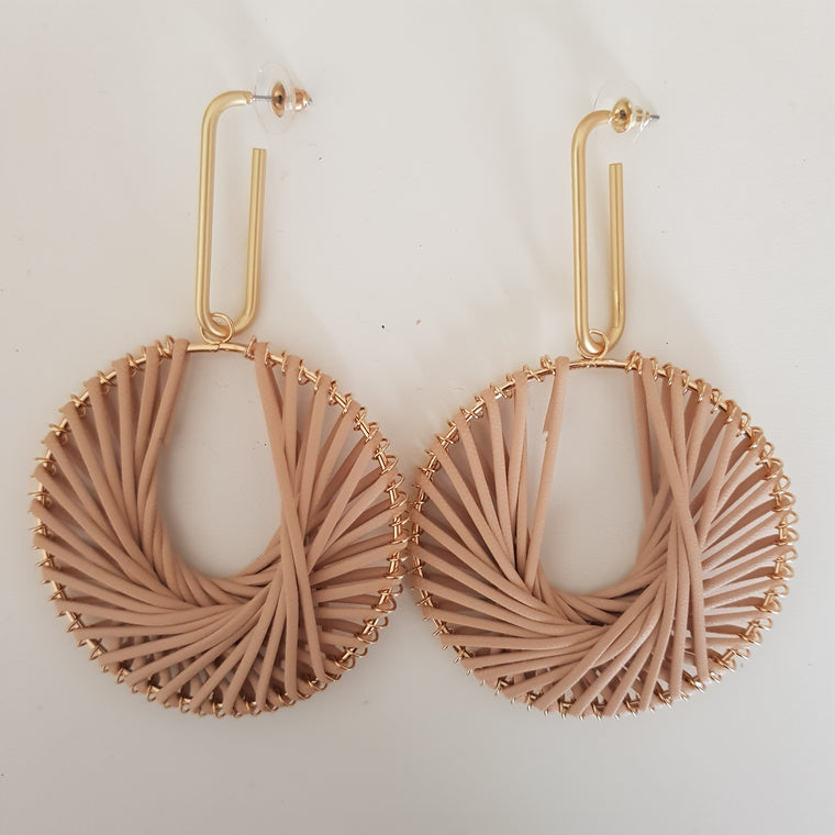Weave circle statement earrings - Blush and gold