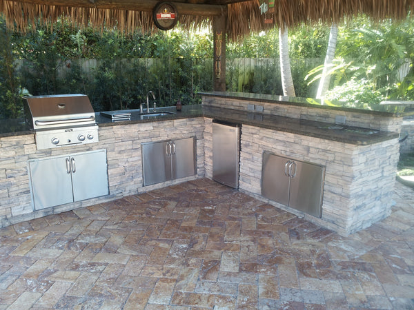 The avellana artifical stack stone and dark granite glisten beautifully off the subtle glow of the blue LED Lights. The Fire Magic Echelon 790i Grill ... & OUTDOOR KITCHENS u0026 BARS - CUSTOM WORK GALLERY u2013 Garden District Miami