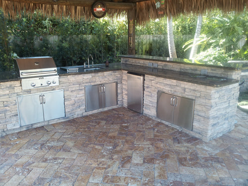 Outdoor Kitchen: The Grill Master Station - The Garden District