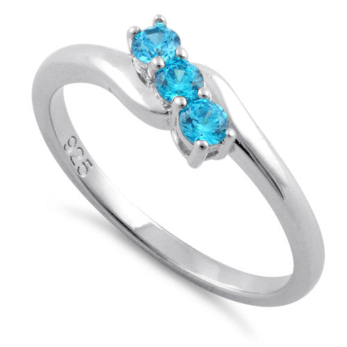 products/sterling-silver-3-aqua-stones-cz-ring-9.jpg