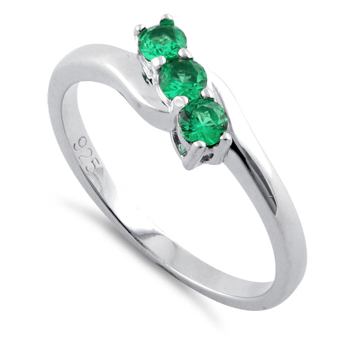 products/sterling-silver-3-emerald-stones-cz-ring-50.jpg