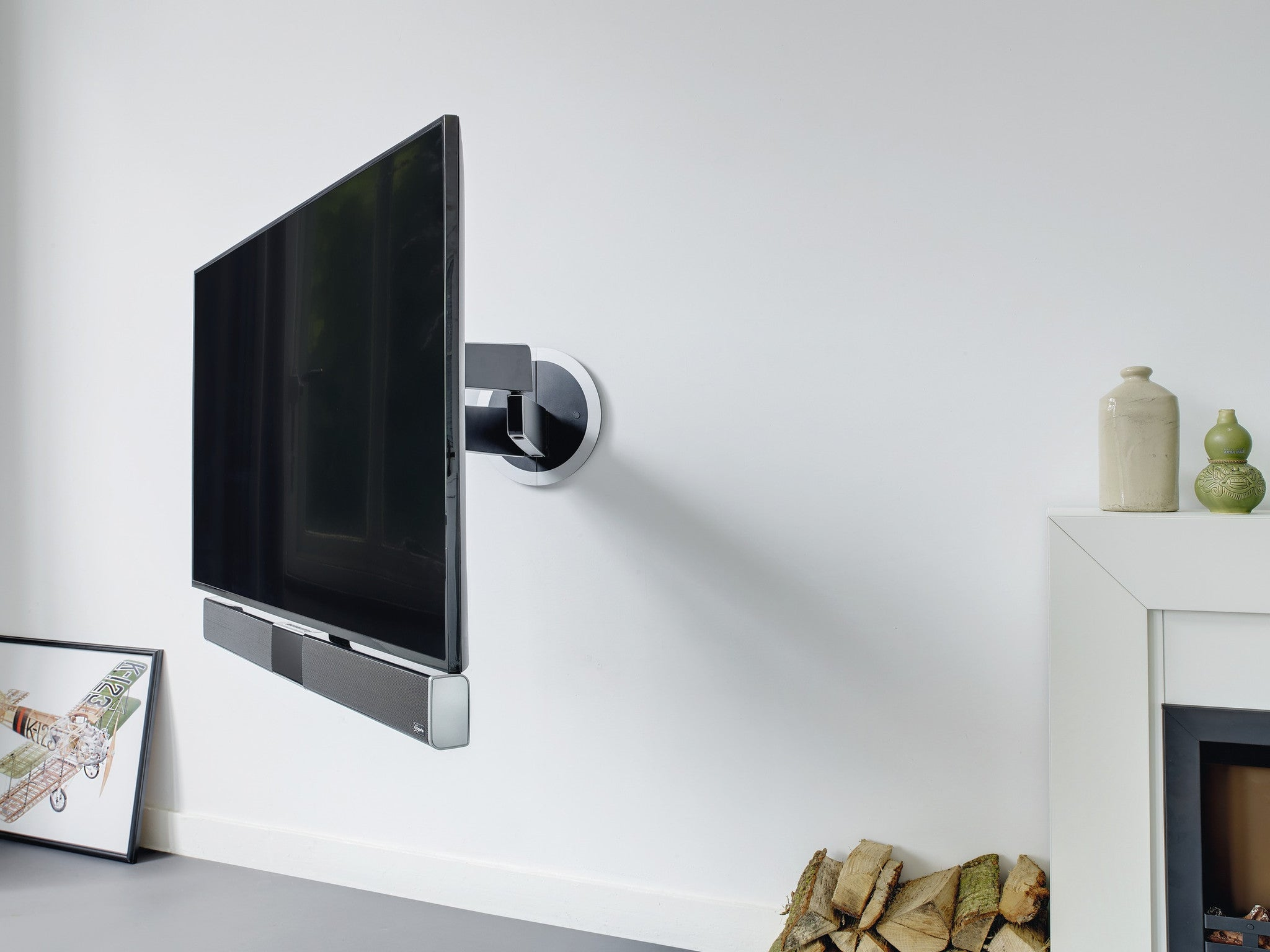 Vogel 39 S Soundmount Next 8365 Full Motion Tv Wall Mount With Integrate Tsa General Trading Llc