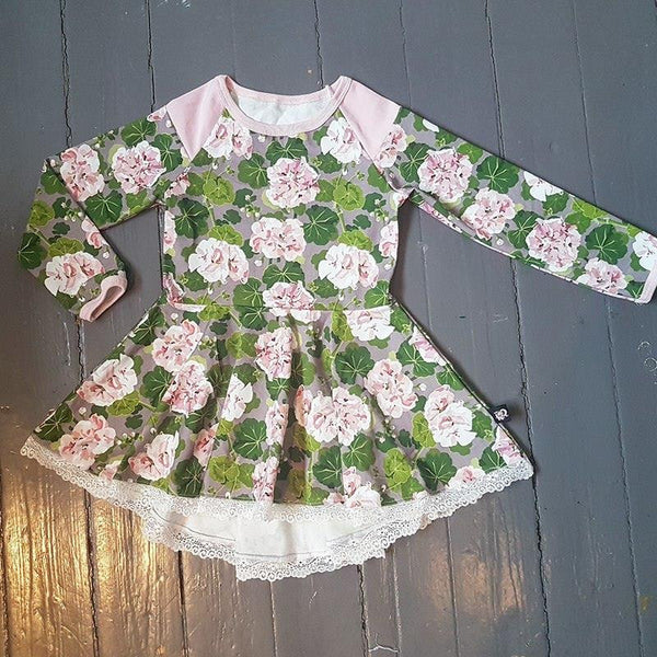 Mønsterark/Printed Peplum tunic with a twist child size 80-164 (US 12-18M -14)