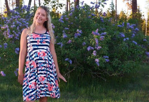 Mønsterark/printed pattern: Summer Dress adult size 34-58 (US 4-28)