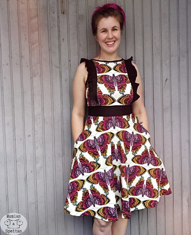 Mønsterark/printed pattern: Dress of possibilities 34-58 (US 4-28)