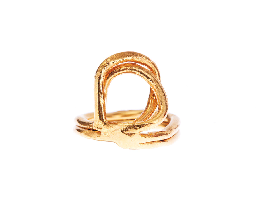 The Lia Ring