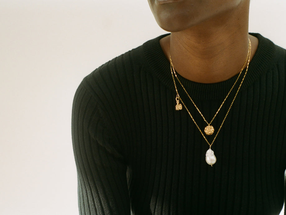 The Unfolding Reverie // Chapter i Necklace