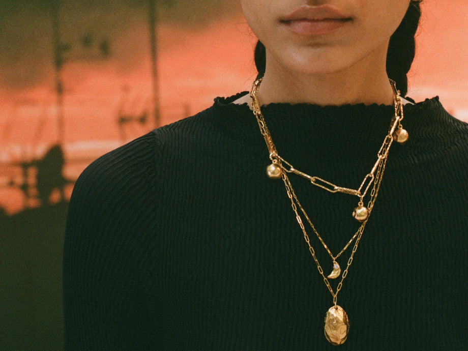 Pre-Order // The Faint Moonlight Necklace // Diamond