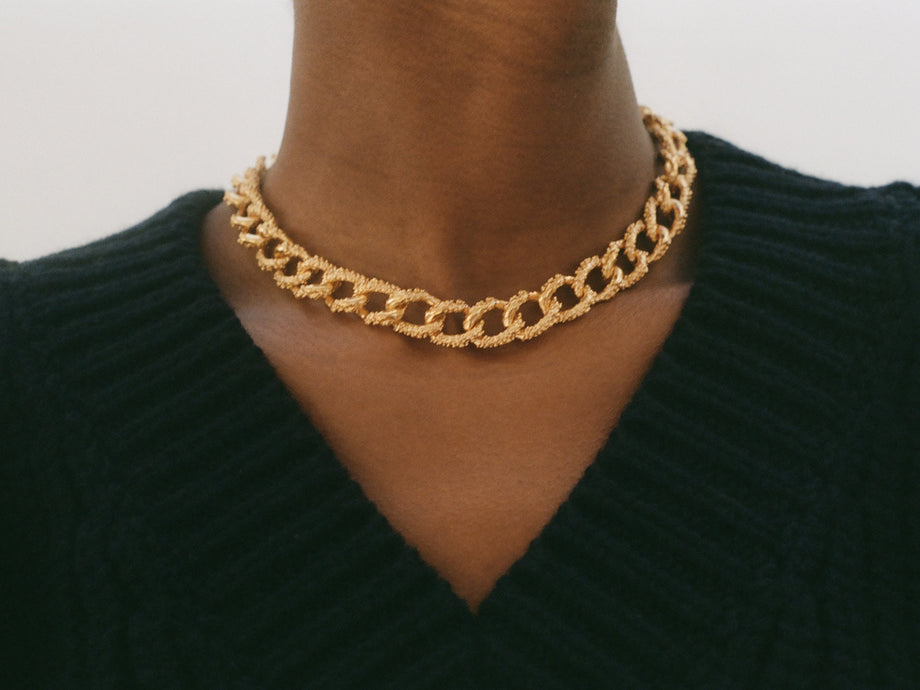 The Unreal City Choker
