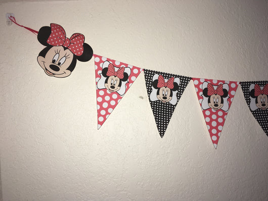 Minnie Mouse bunting