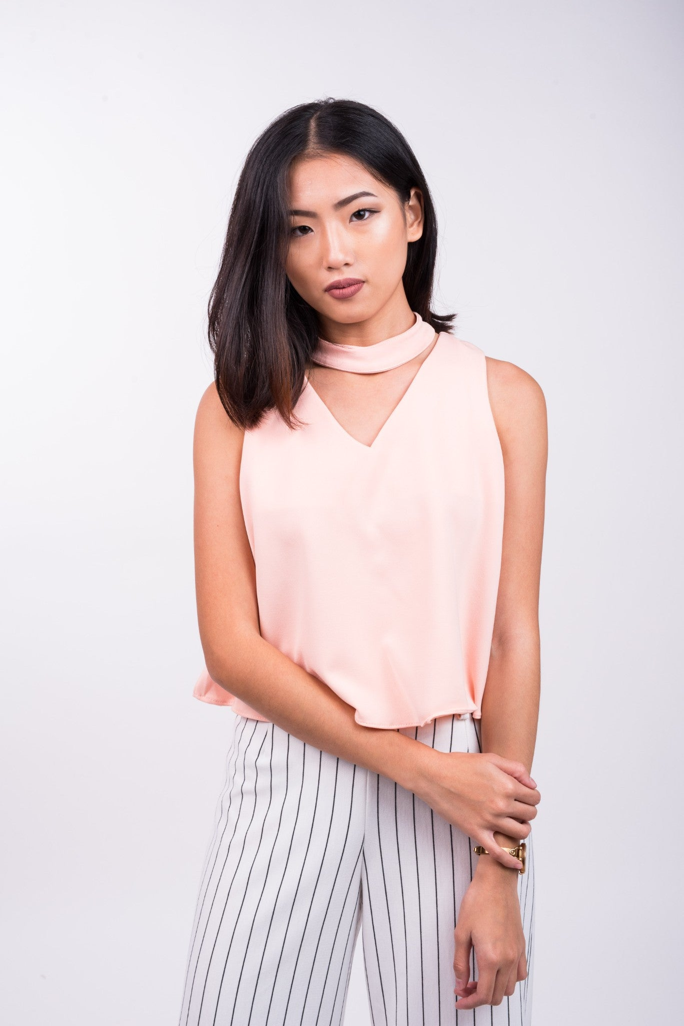 V Neck Top with Detachable Choker in Peach