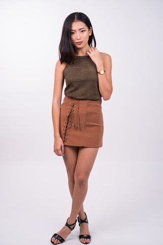 Shoestring Skirt in Camel