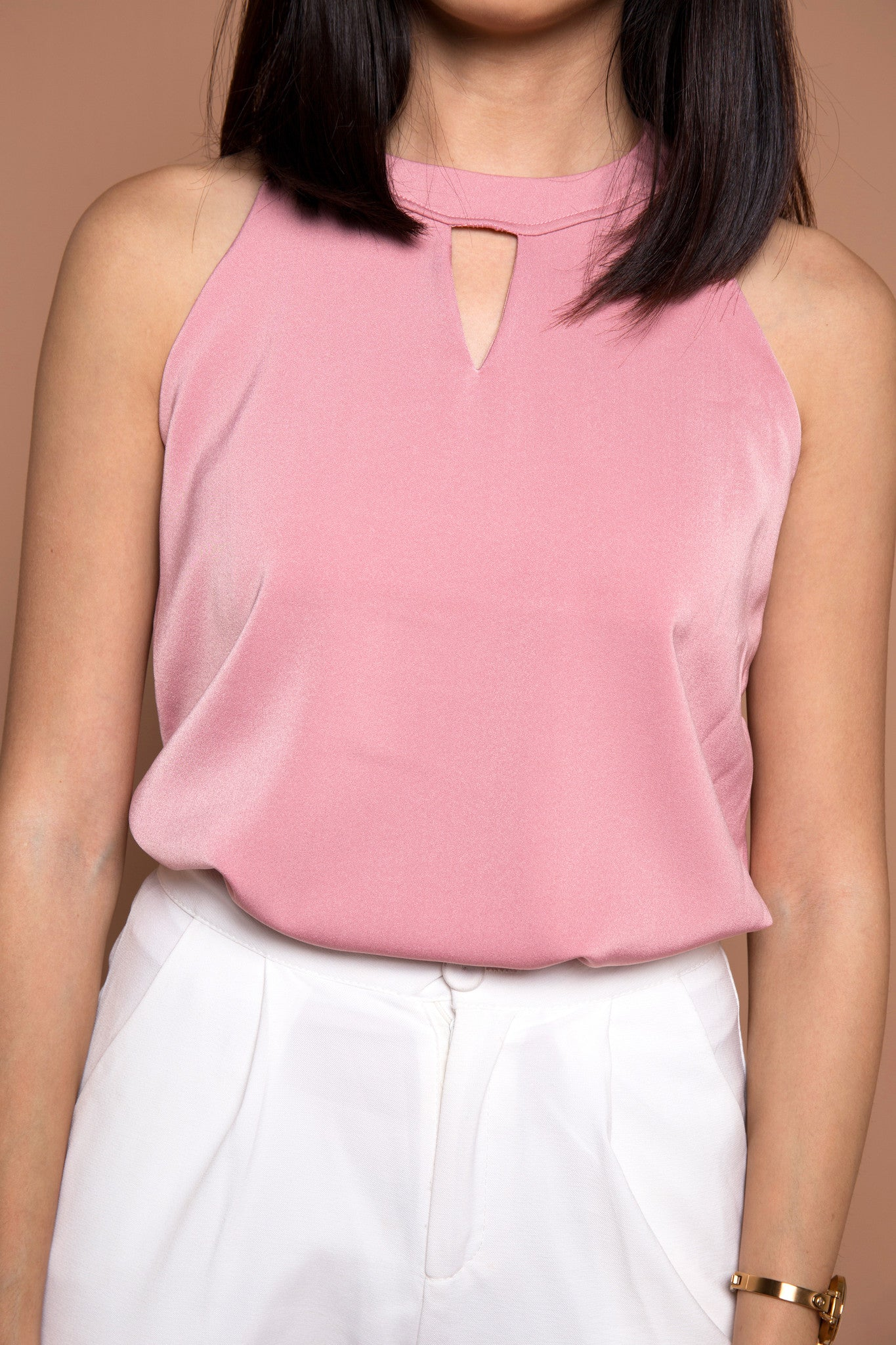 Classic Key Hole Top in Dusty Pink