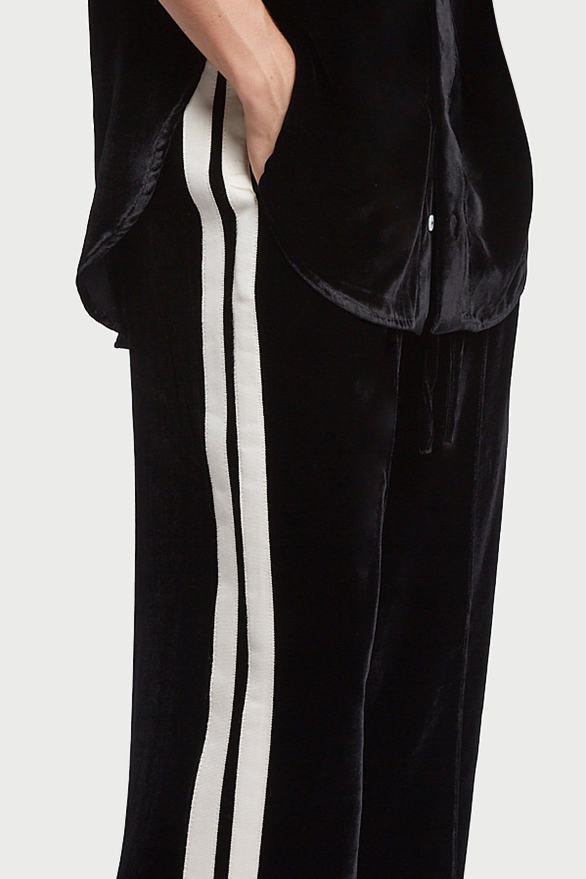 The Classic Jogger - Black & Ivory Cream Velvet