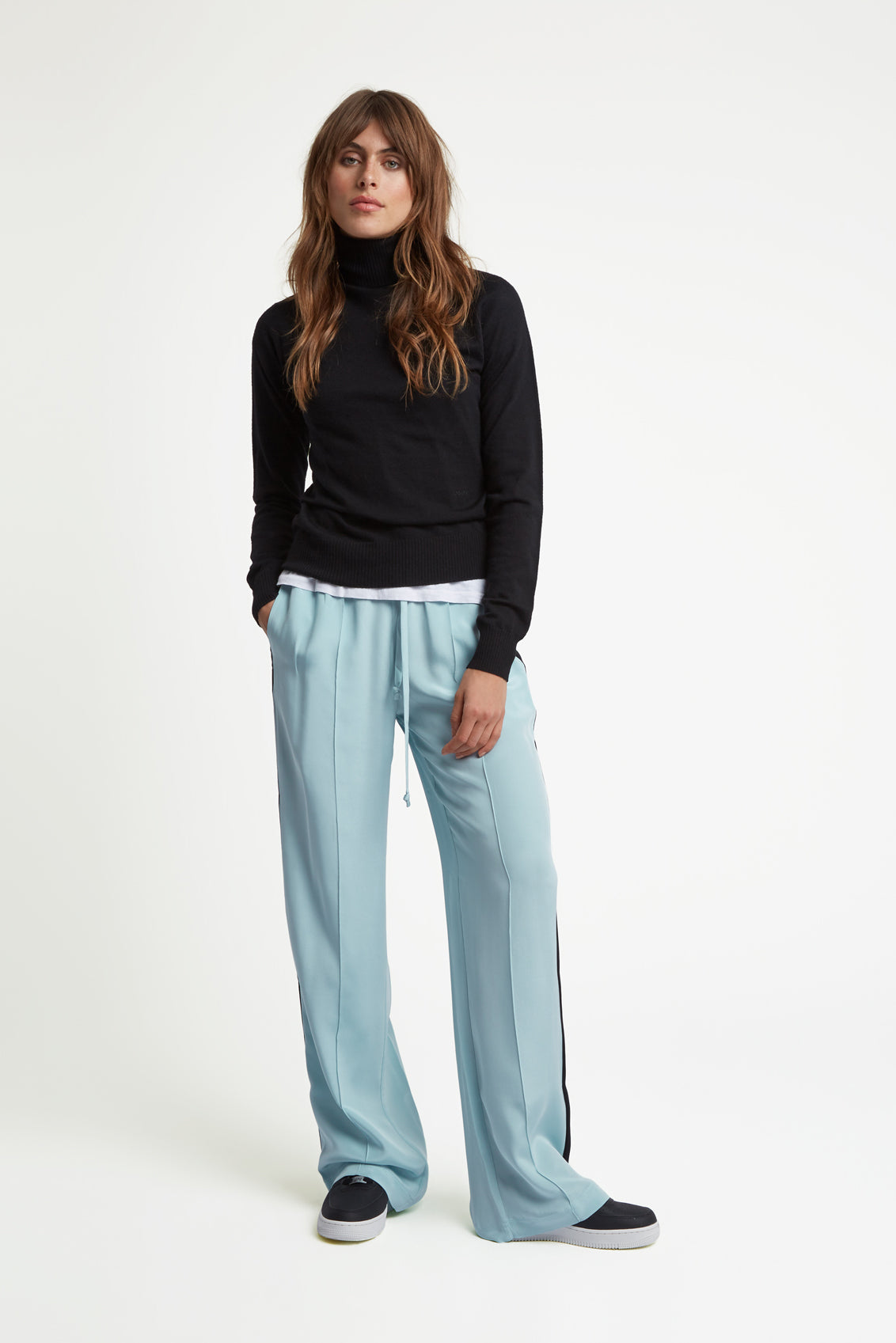 The Classic Jogger - Sky Blue & Black Silk - SERENA BUTE