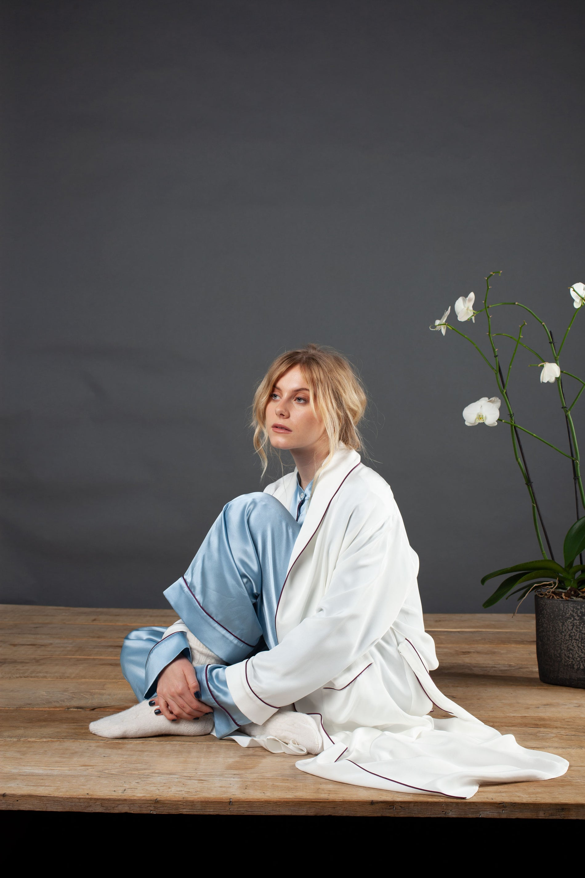 silk dressing gown ivory serena bute