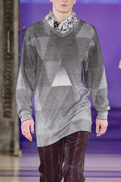 Sean Collection- Triangle Image Graphic Jacquard Knitwear- B/W