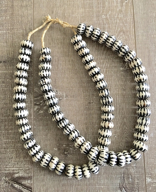 Tribal Bead Necklace - Black & White