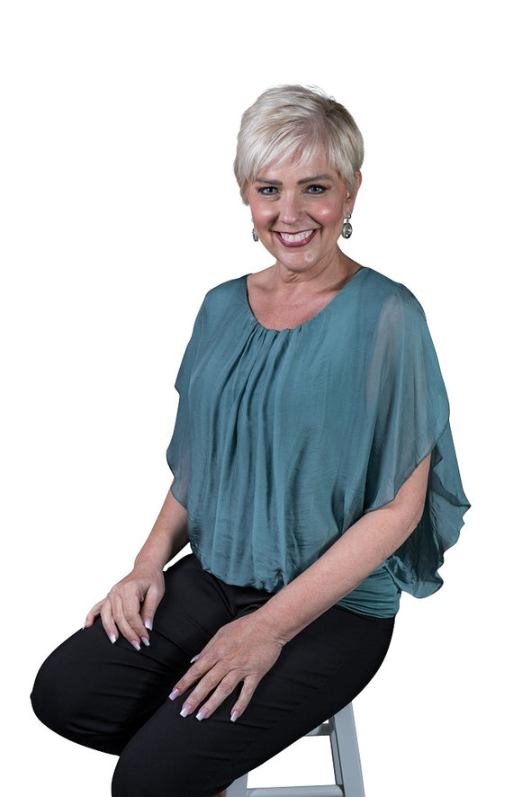 BSS202-324 Lake Aurora Flutter Fly Sleeve Silk Top with Band Bottom