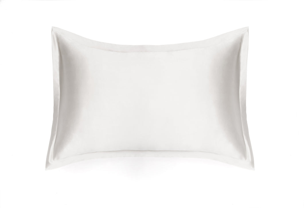 100% Natural Mulberry silk pillowcase GRACE, model Oxford, color white, 19, 22 and 25mom