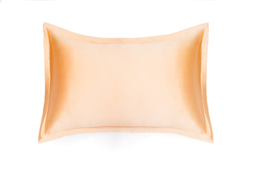 100% Natural Mulberry silk pillowcase BRIGITTE, model Oxford, color champagne, 19 moments density