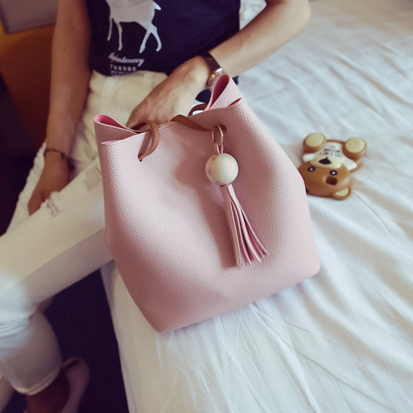 Women Bag Women's Travel Shoulder Bolsa Bucket Bag Small Handbags New 2017 brand designer tassel White