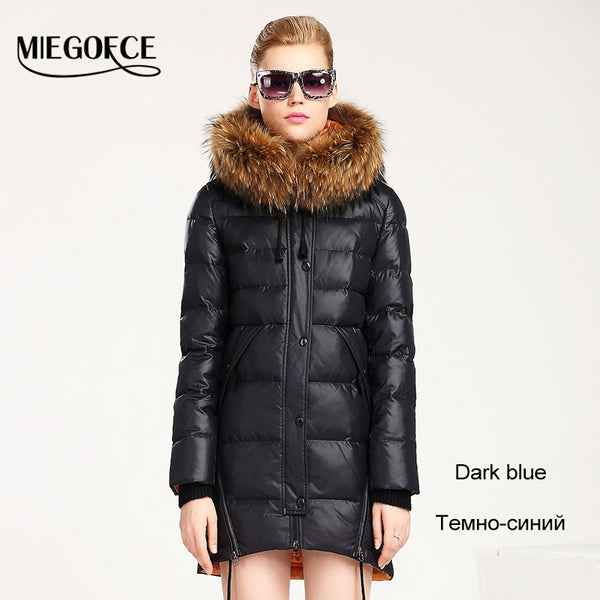 New Winter Collection Winter Women Coat Jacke Down Parka with a Real Raccoon Fur Coat for Women in European Style - FREE SHIPPING