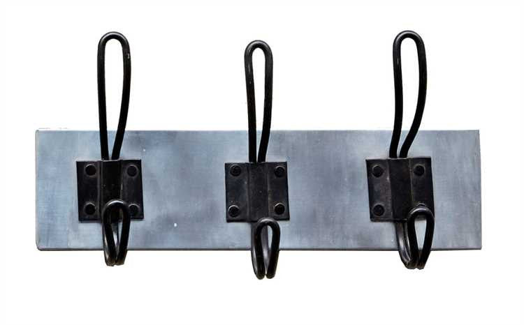 Metal Wall Hanger w/ 3 Hooks - Living Roots Decor