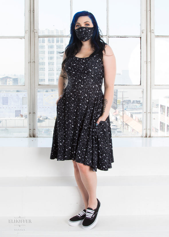 Essential Knee Length Dress - Starry Witch