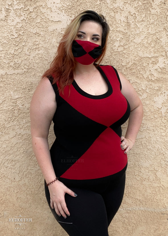 - Widow Scoop Neck Shell With Matching Face Cover Set