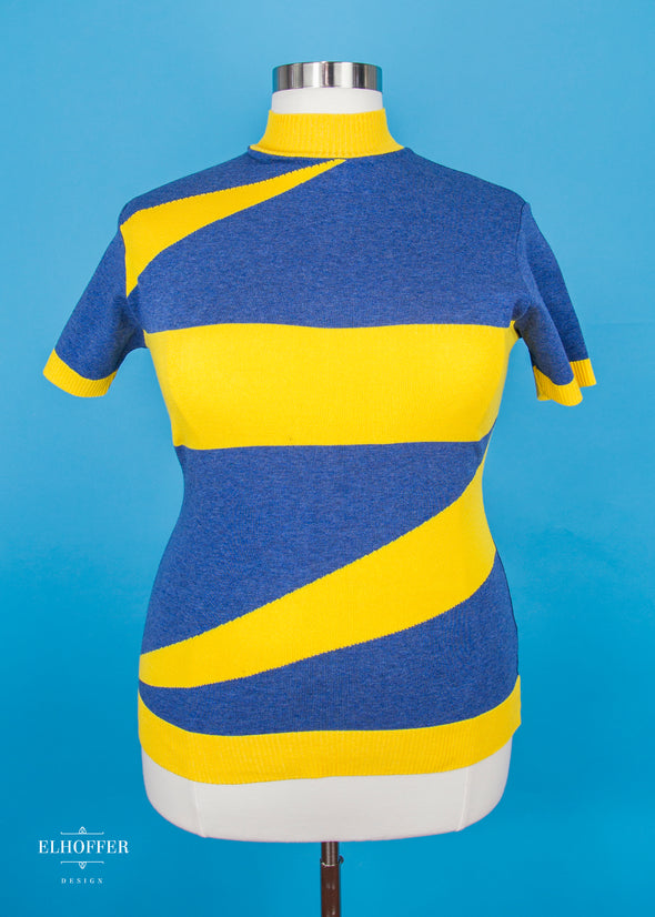 2XL / Blue/ Goldenrod Yellow - Marvelous Bolt Sweater