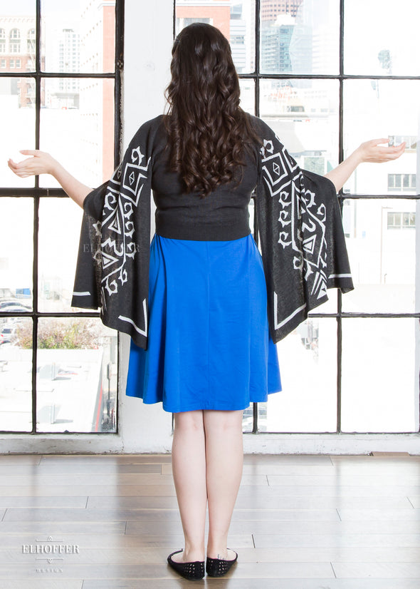 - PREORDER - Elvish Hero Cape Sleeve Cardigan