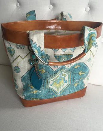 Italian patent leather beach tote-SOLD OUT