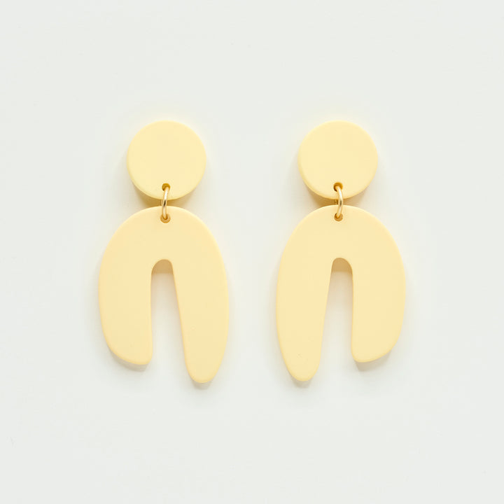 candyshop byfossdal earrings arch creme