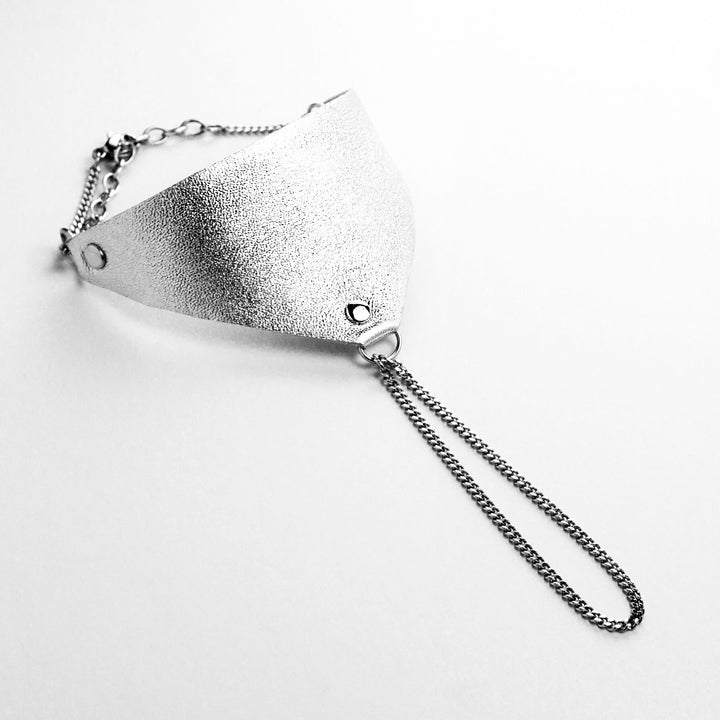 Leather handpiece - silver