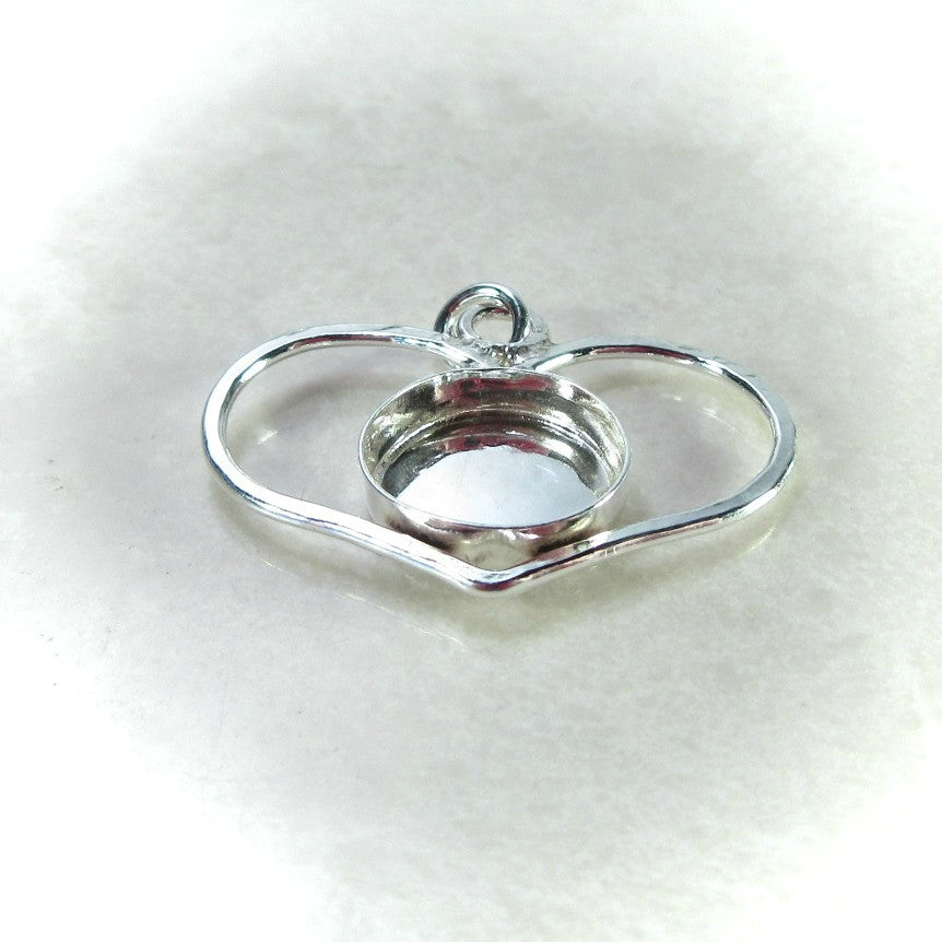 Silver heart pendant setting with bezel cup for cabochons or resin