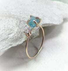 Raw gemstone ring settings with prong settings