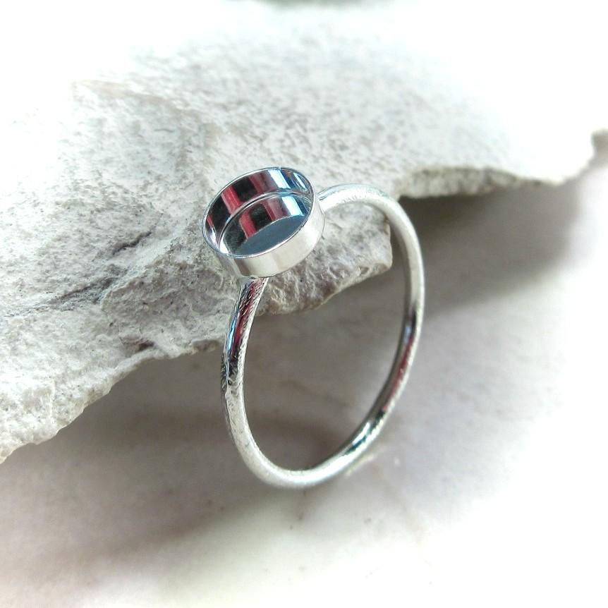Brushed texture bezel cup ring setting silver