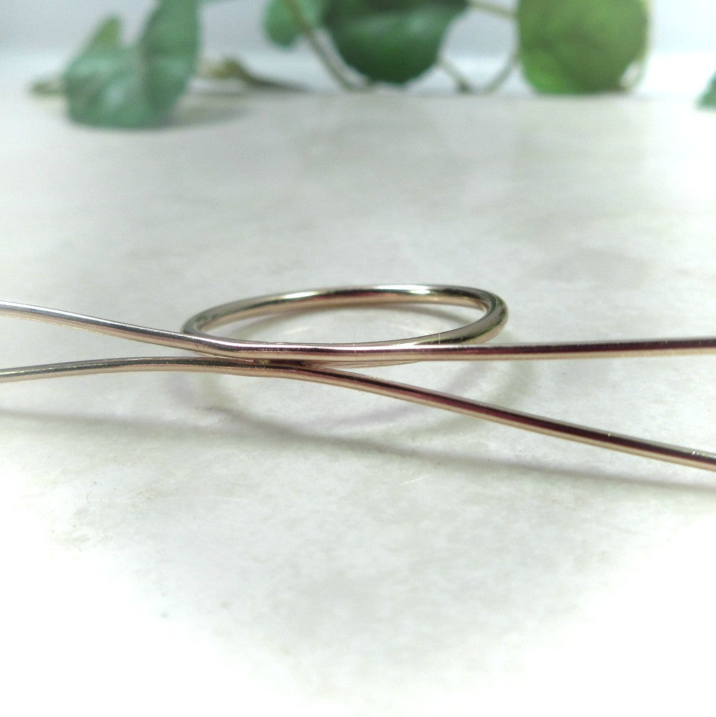 gold long prong ring setting for rough gemstones