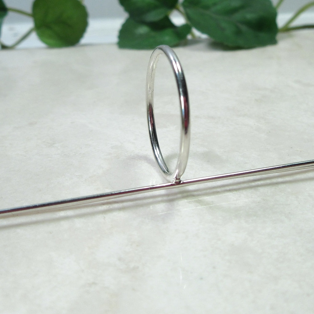 side view 1 mm long prong silver ring blank