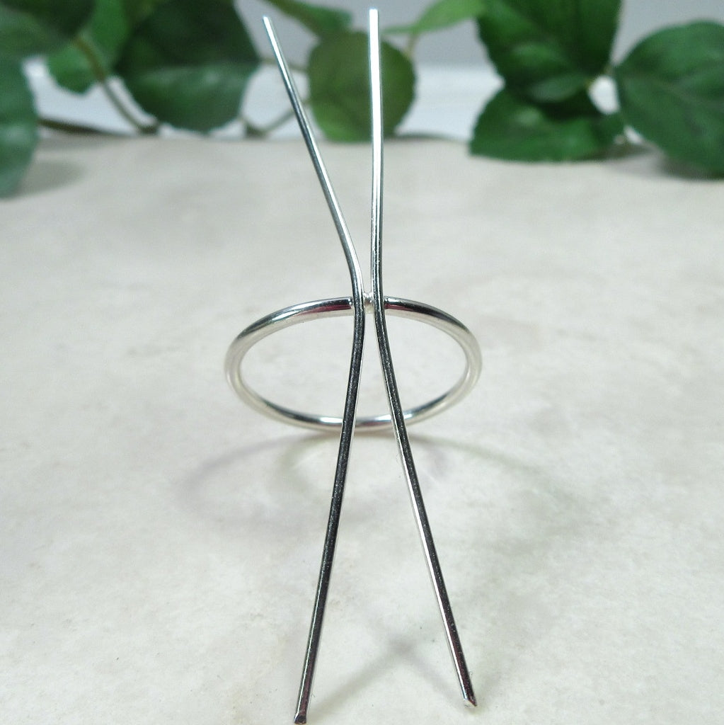 front view 1.5 mm plain long prong silver ring blank