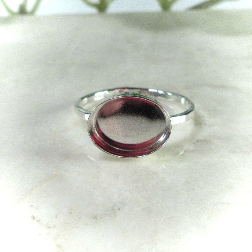 oval 6x8 ring setting for cabochons side set