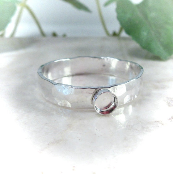 silver hammered ring setting with bezel cup