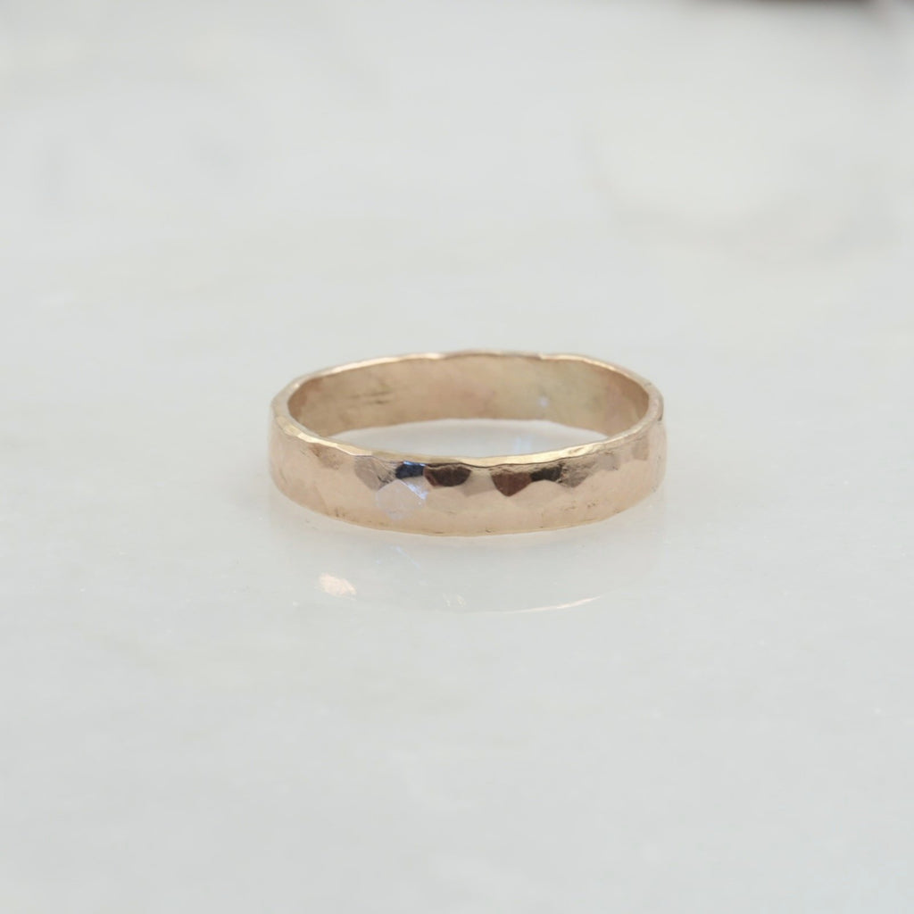 14 yellow gold hammered ring