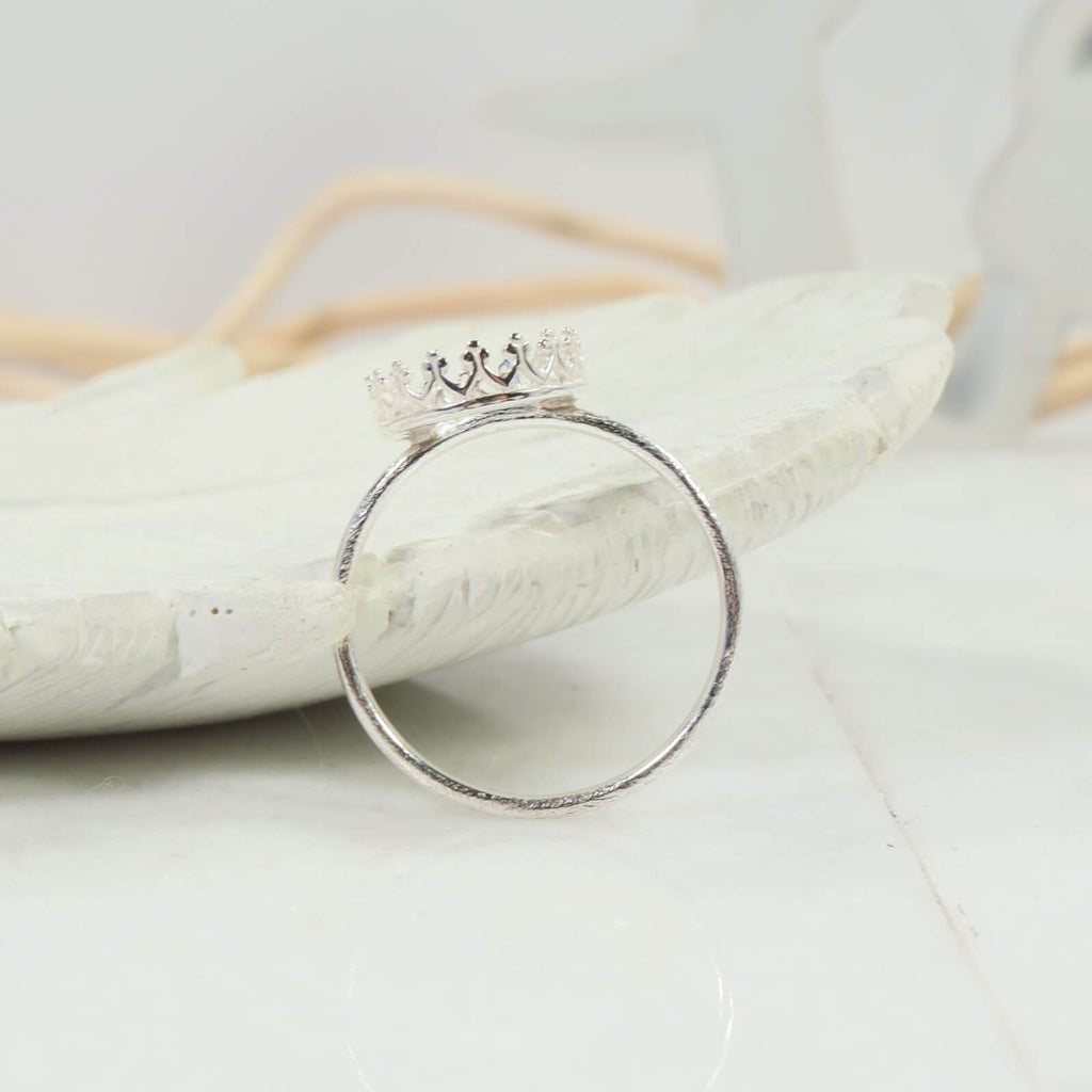 oval crown bezel cup ring setting