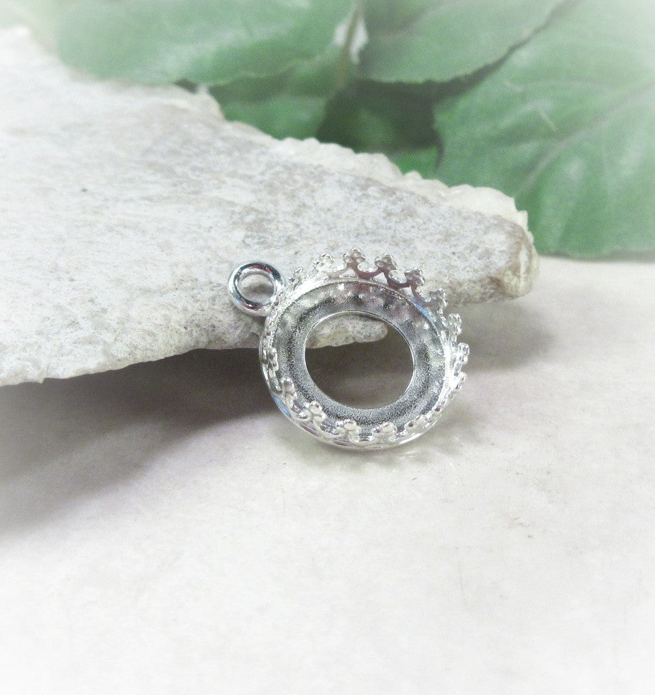 round bezel cup pendant setting