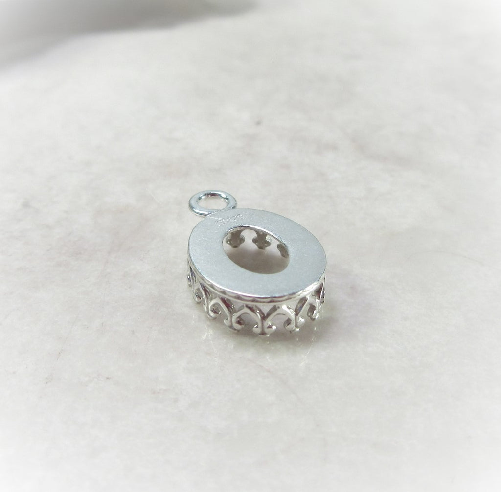 crown bezel cup silver oval