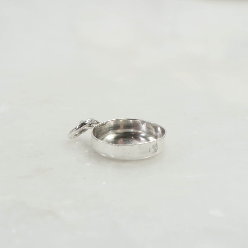 bezel cup pendant silver with ring