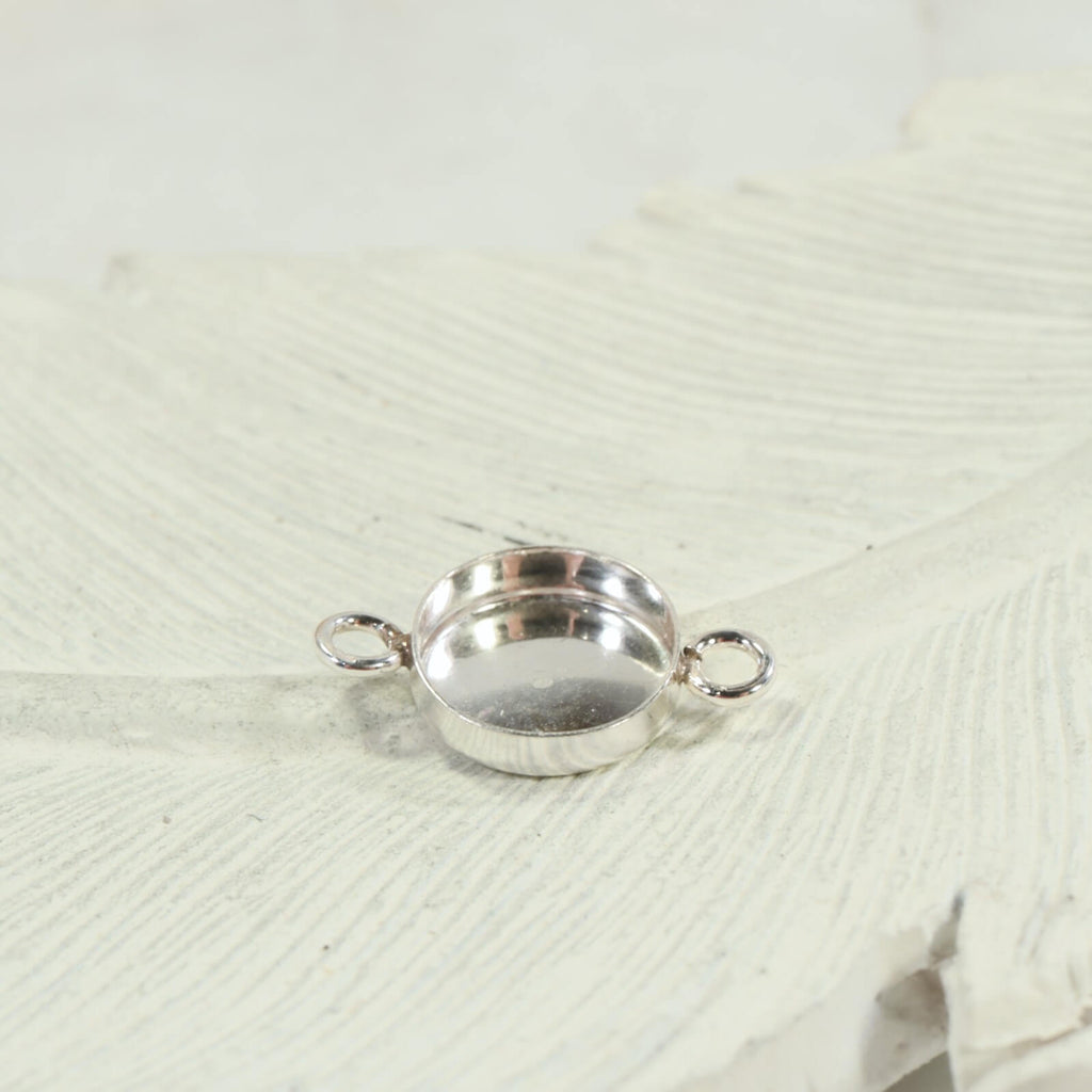 bezel cup necklace or bracelet setting