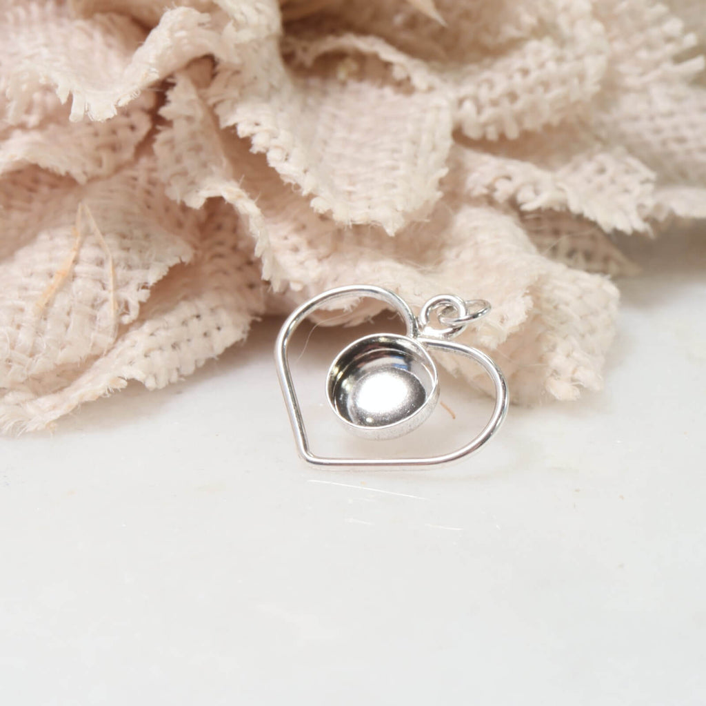 heart resin setting